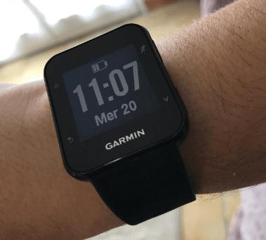 Garmin Forerunner 35, montre cardio-poignet de sport